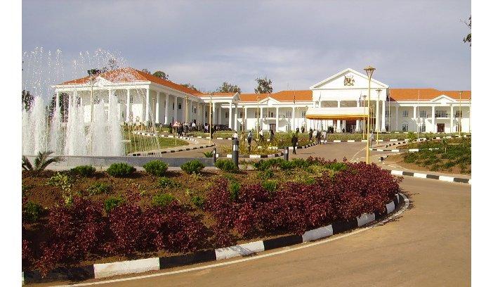 Entebbe: Umusirikare mu barinda Perezida Museveni Yakubiswe n'Inkuba