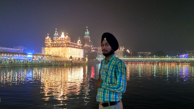 Historical Gurudwara Golden Temple Shri Darbar Sahib Diwali Festival Wallpaper  Photo  Image & Pics