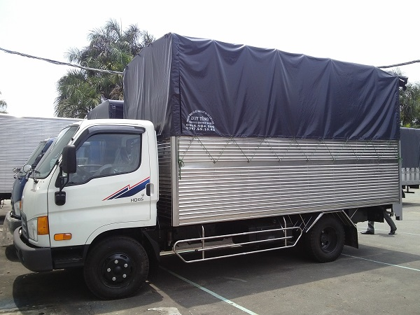 Xe tải HD65 2.5 tấn Thùng mui bạt