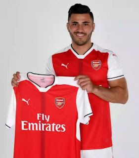 Sead Kolasinac joins Arsenal