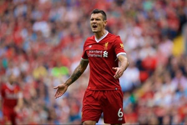 Kritikan Bek Liverpool Dengan Cara Bermain MU