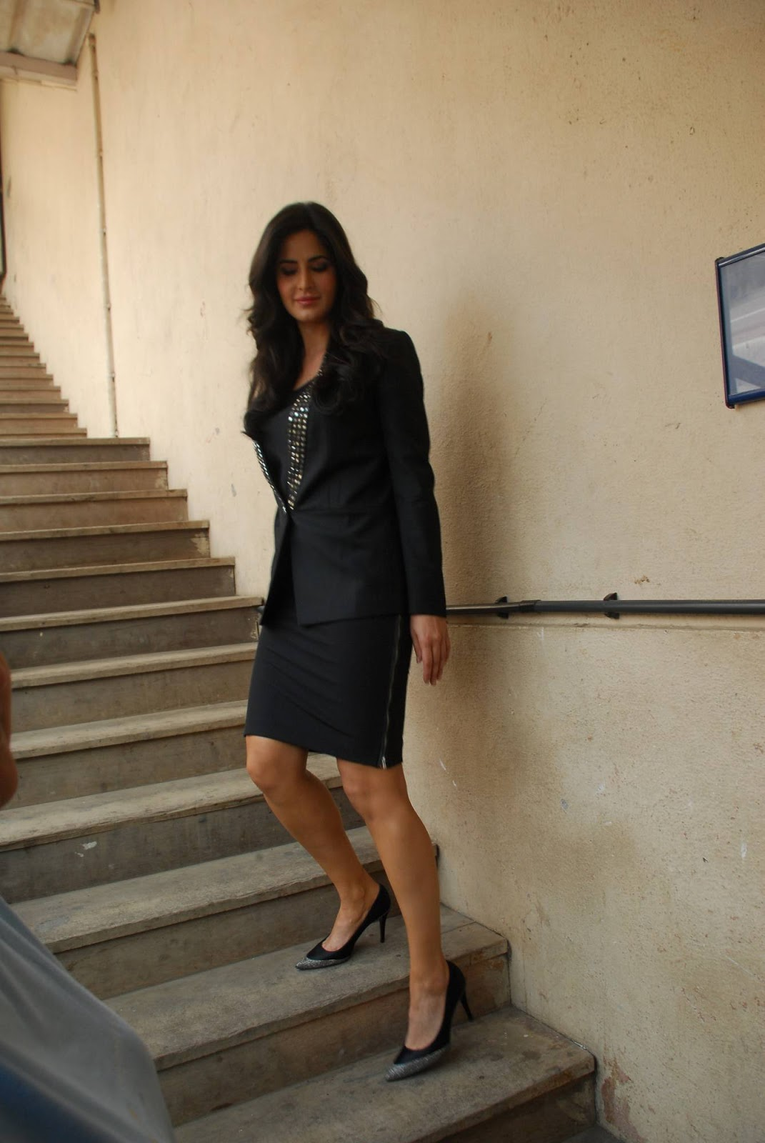 Katrina Kaif Latest Stills In Hot Black Dress - Kollywood ...