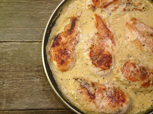 Лимоново пиле в сос от топено сирене