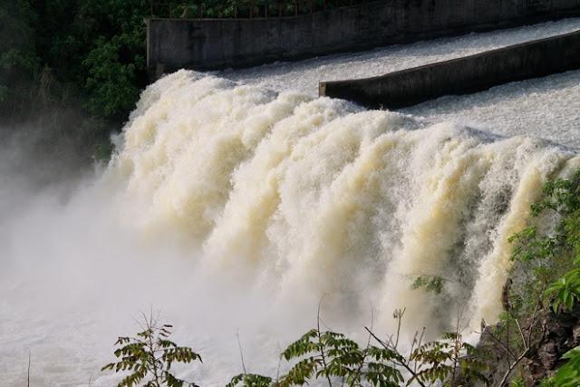 Miền Trung lũ lụt - cần tránh vấp phải âm mưu của kẻ kích động