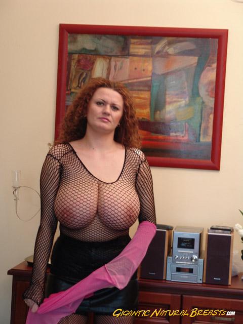 большая грудь женщины в возрасте - 3