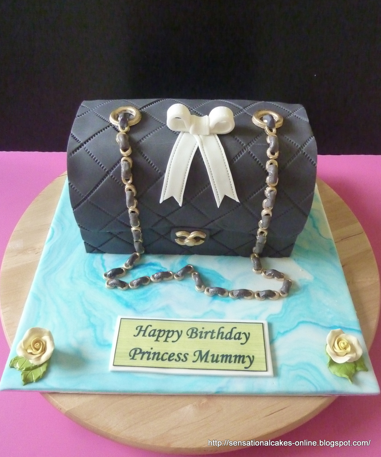 ac82b07a4455 Cakes2Share Singapore: Black Chanel : the bag Cake we love for Mummy ( Chanel  Bag