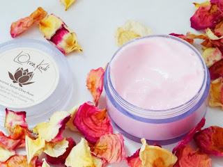 Découverte de mes premiers produits cosmétiques naturels ayurvédiques - Loren Kadi