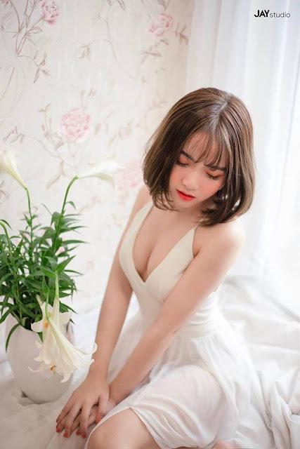 Nhan sắc kẹo ngọt của hot girl Hà Phương - cháu gái Quang Cuốn