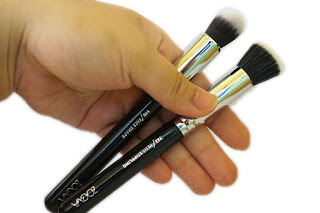 ZOEVA 110 Face Shape Brush and 122 Petit Stippling Brush