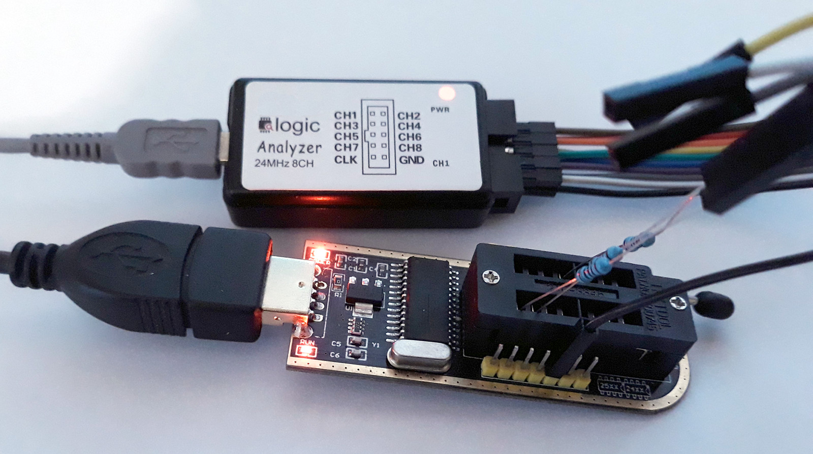 CH341A SPI Programming (Windows API) · One Transistor