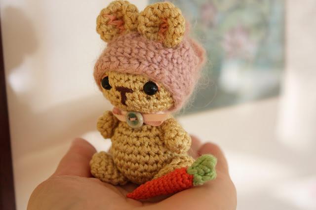 Tiny Amigurumi Rabbit : HAPPYAMIGURUMI: Freeform Crochet and Amigurumi Toys