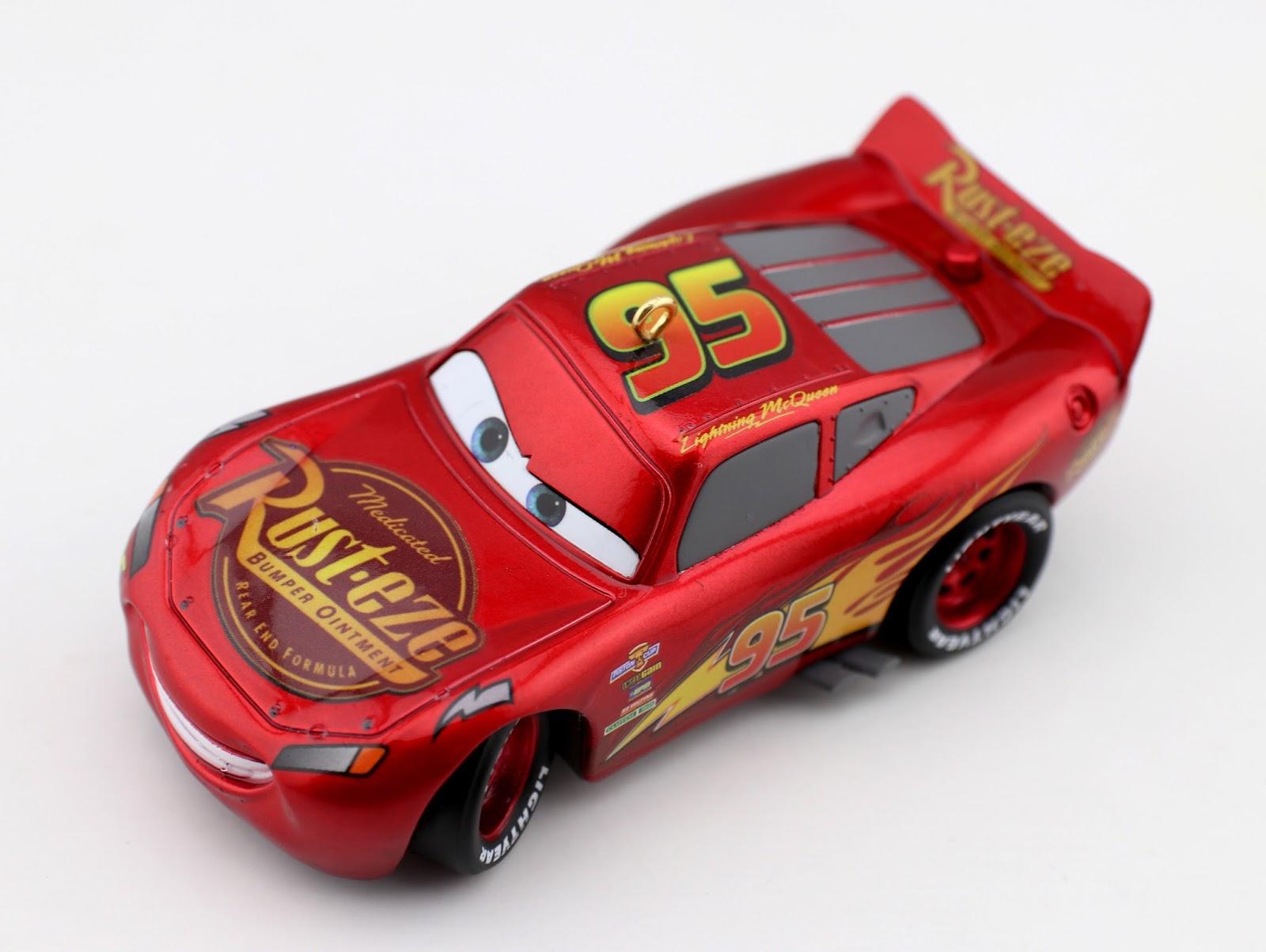 Cars 3: Hallmark 2017 Lightning McQueen Keepsake Ornament