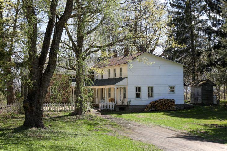 Hudson Valley 18th century stone farmhouse - found on Hello Lovely Studio