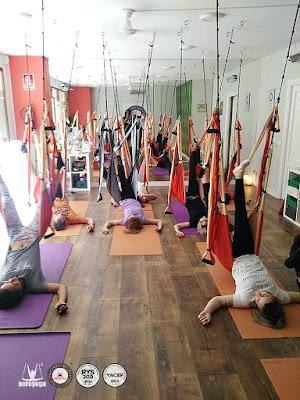 Formación yoga aereo Madrid