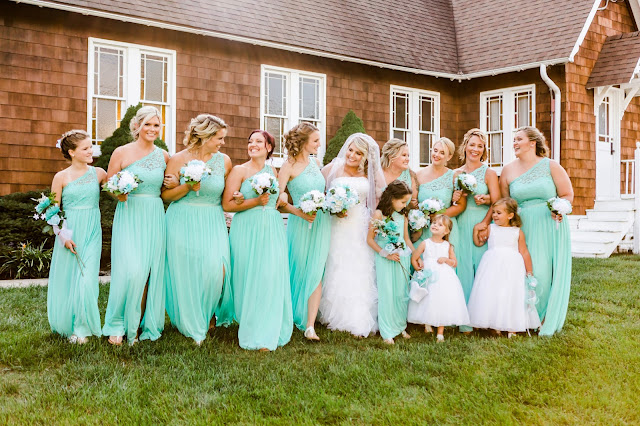 Davidsonville, MD Wedding at Holy Family Catholic Church by Heather Ryan Photography