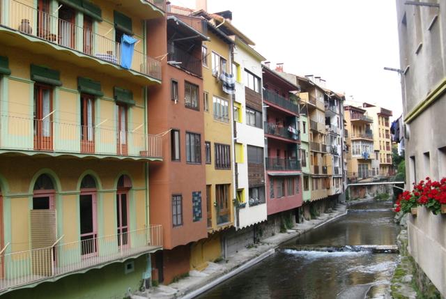 Camprodon: el riu fet carrer