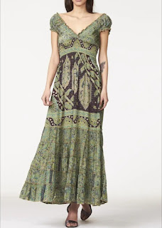 Abbigliamento etnico da donna
