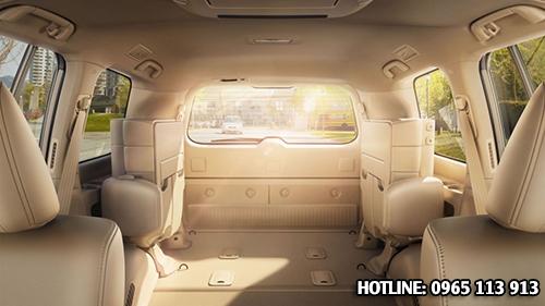 Toyota Land Cruiser nội thất