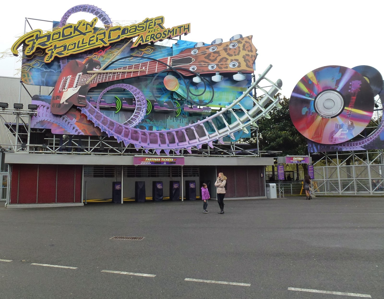 rock-n-rollercoaster-paris
