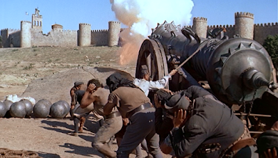 The attack on Avila in The Pride and the Passion (1957)