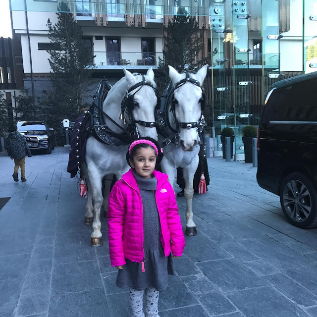 Mahesh babu daughter sitara cute pics