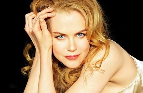 Nicole Kidman - Midis