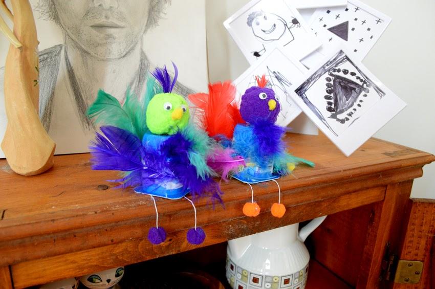 petits oiseaux de plumes maman bricolage. Black Bedroom Furniture Sets. Home Design Ideas
