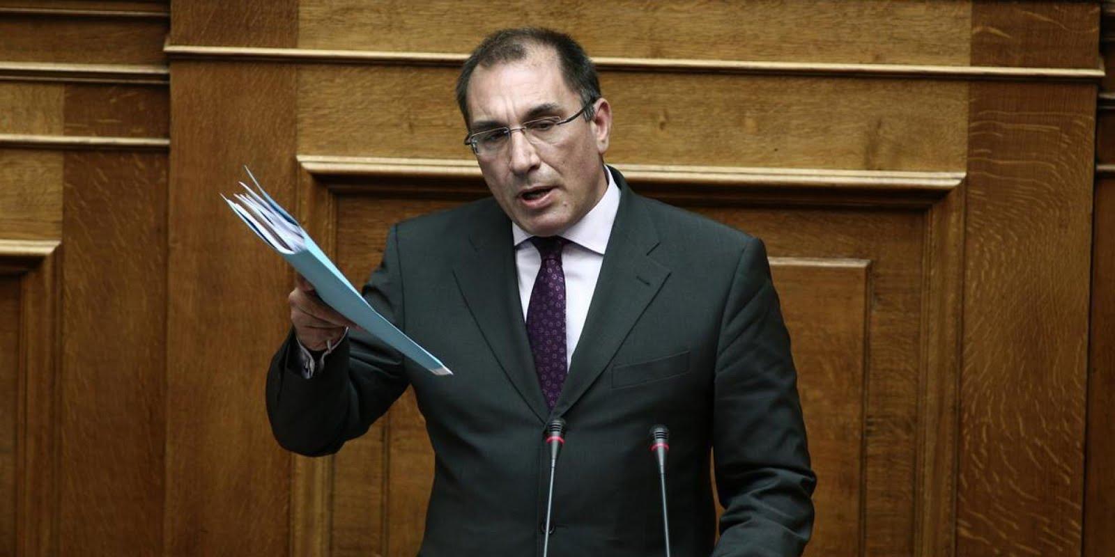 Δ. Καμμένος: Κάντε πρόταση μομφής για να φύγω από αντιπρόεδρος της Βουλής – Να παραιτηθεί η Κοινοβουλευτική ομάδα των ΑΝΕΛ (βίντεο)