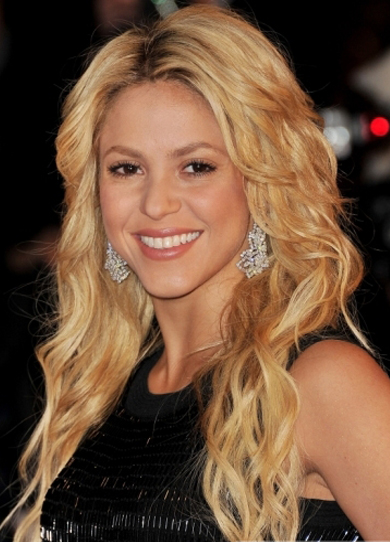 Shakira Biography And Latest Images 2013 World