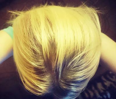 farbowanie włosów, rozjaśnianie włosów, jak farbować włosy, jak rozjaśniać włosy,  blondynką być, moja mała blondyneczko, Garnier Olia 110 Superjasny Naturalny Blond, spray na odrosty, efekty farbowania, olia 110 efekty, garnier