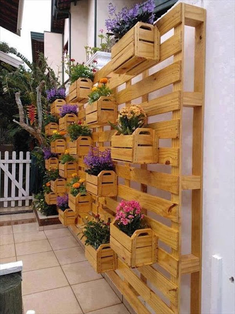 Vertical Gardens Made of Wooden Pallets 2