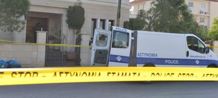 Διπλή δολοφονία στην Κύπρο: Ο ιατροδικαστής κατηγορεί την Αστυνομία -Κάτι μου κρύβουν