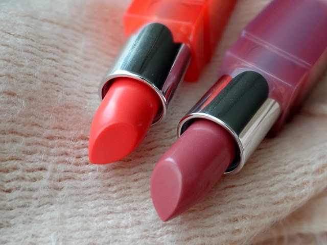 Clinique Pop Glaze Sheer Lip Color + Primer in Melon Drop Pop and Sugar Plum Pop Review, Photos, Swatches