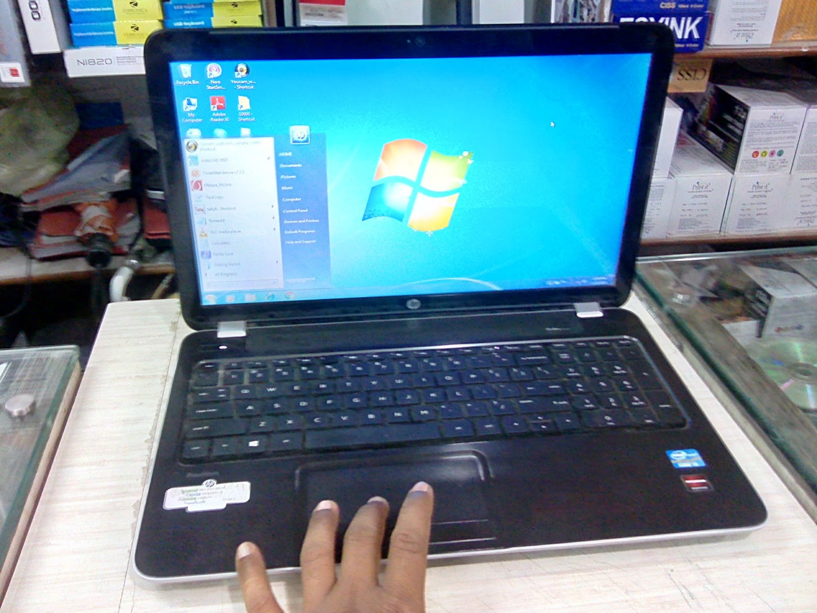 Learn New Things: HP Pavilion 15-N011TX Laptop (i3/4GB/500GB