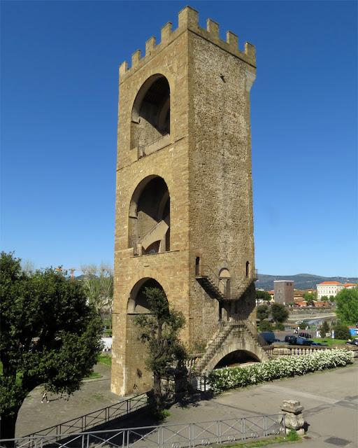 Torre San Niccolò (St. Nicholas Tower), Piazza Giuseppe Poggi, Florence