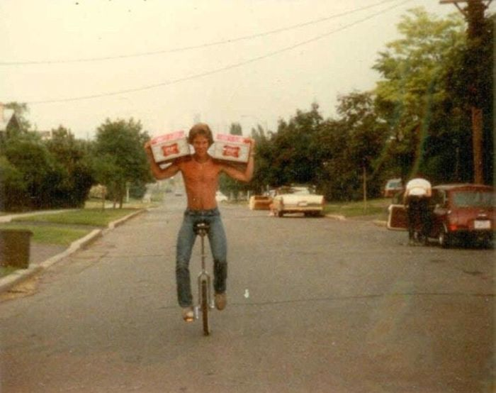 35 Parents Who Were Cooler Than Their Kids