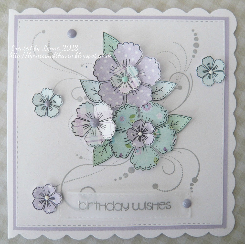 Lynnes Craft Haven Paper Pieced Flowers