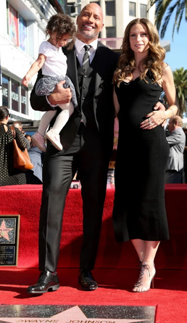 Dwayne Johnson's Pregnant Girlfriend & Daughter Pose On His Hollywood Walk Of Fame [PHOTOS]