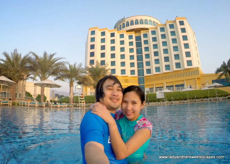 Ed and Lady at Oceanic Hotel in Khorfakkan
