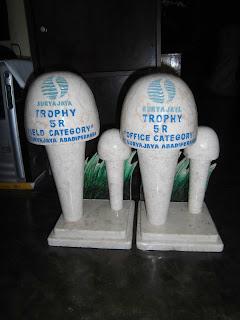 Trophy Marmer Surya Jaya Probolinggo