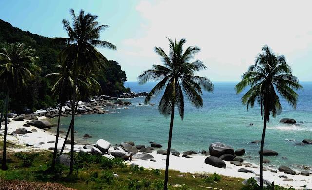 Pantai Tanjung Pabrik Bangka
