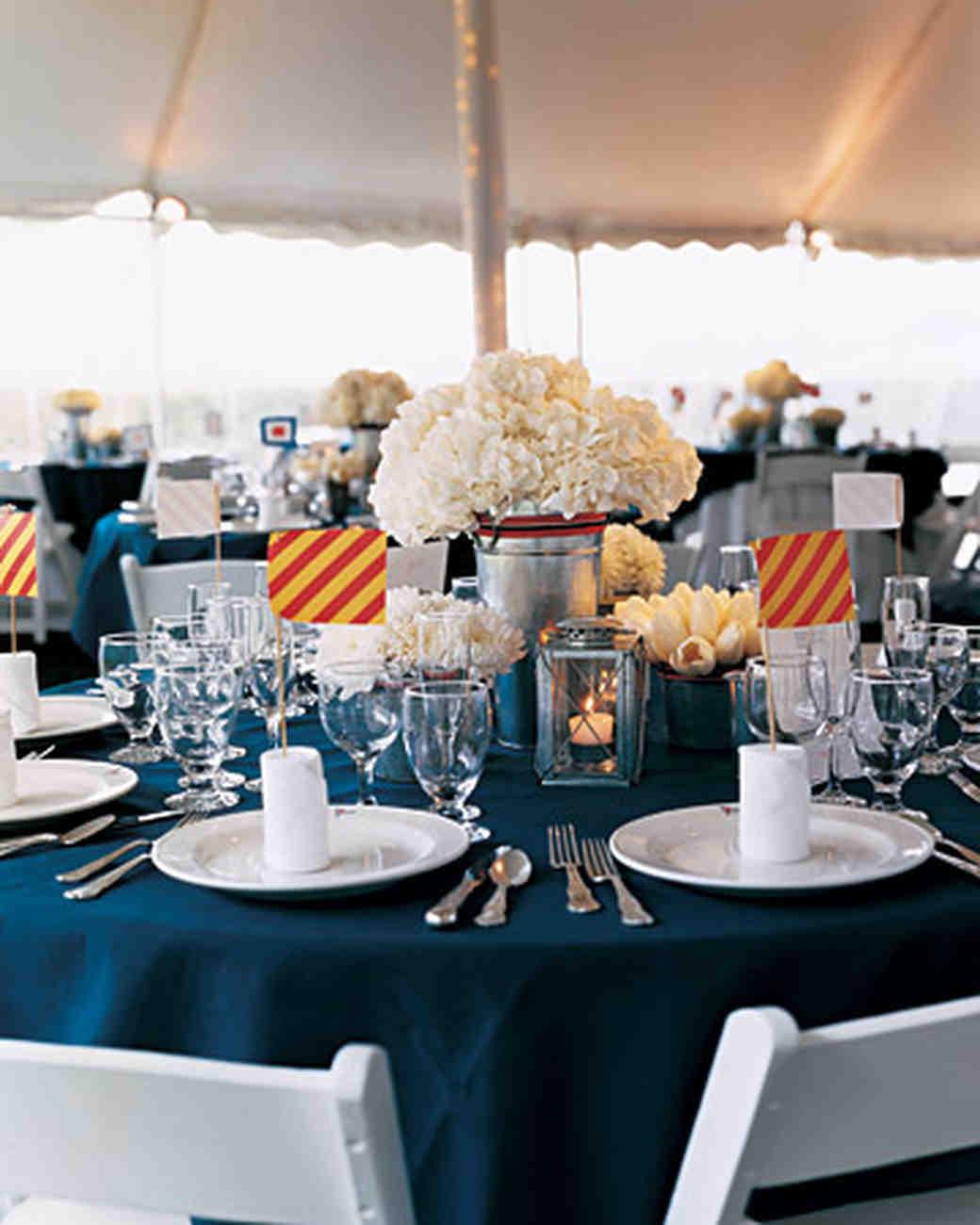 Cheap wedding decoration centerpieces ideas wedding for Affordable wedding decoration
