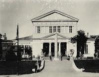 Colonna commemorativa del Cinquantenario dello Statuto Albertino