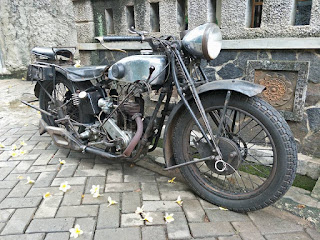 BANDAR MOTOR TUA  : Dijual JAP 1928 Kondisi Orisinil Kintik-Kintil