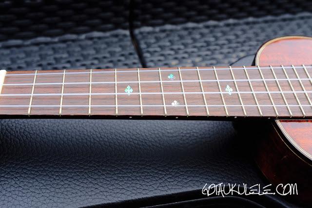 Eastman EU3S Soprano Ukulele fingerboard