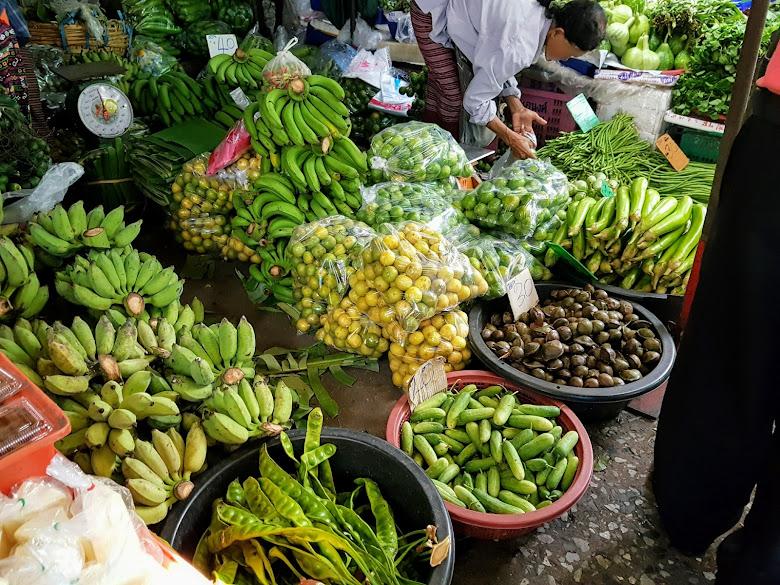 販賣各種蔬果