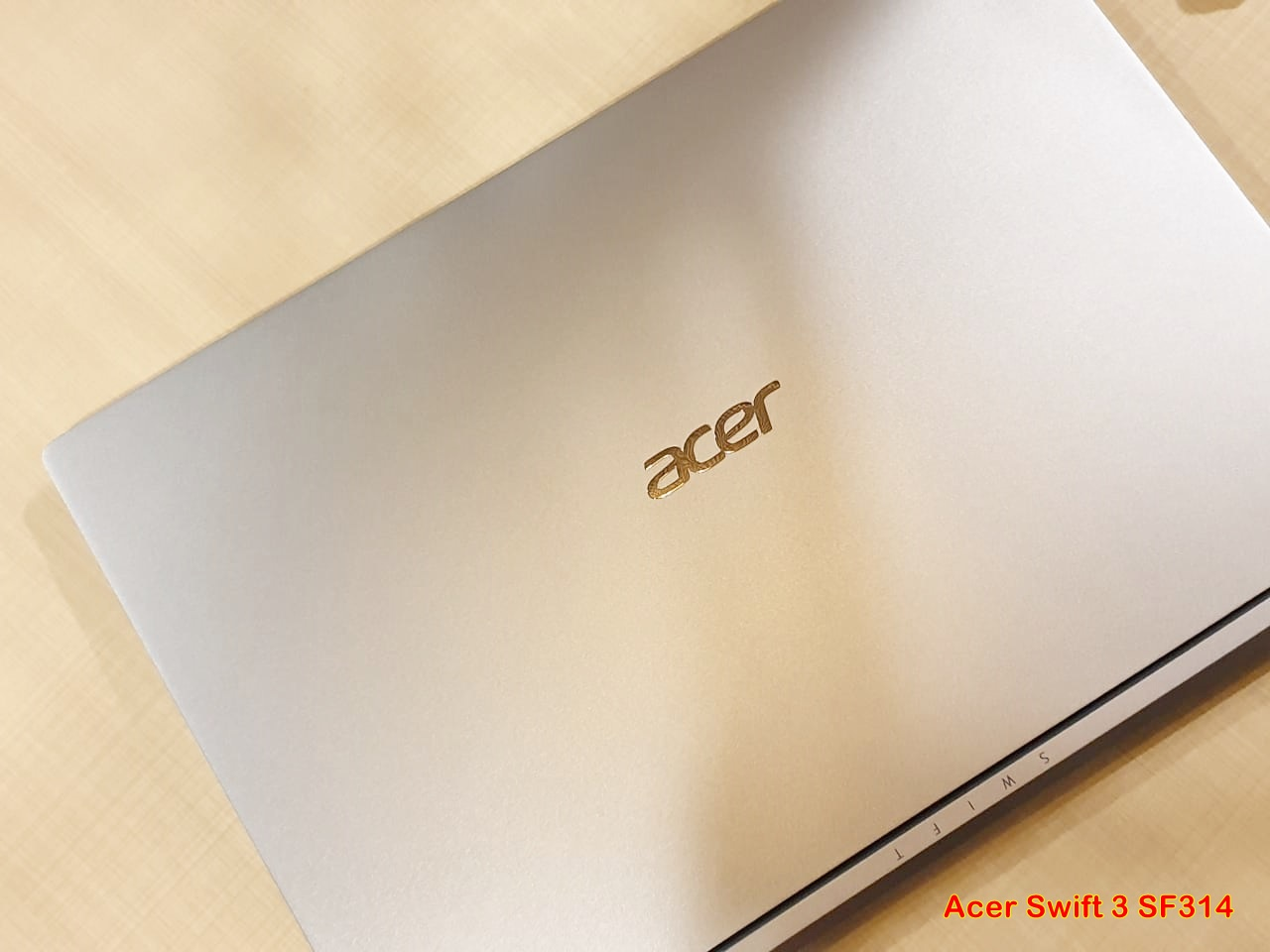 Acer Swift 3, Mendukung Mobilitas Kaum Urban dengan Baterai Tahan Lama Hingga 10 Jam
