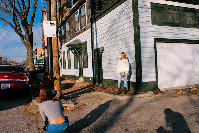 behind the scenes with chicago fashion model