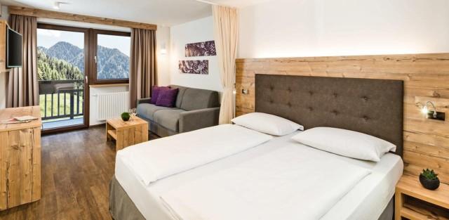 groupon-hotel-almina-camere-spa-skipass-poracci-in-viaggio