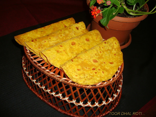 images of Toor Dhal Roti / Dal ki Roti Recipe / Toor Dal Chapathi - Indian Bread Recipes